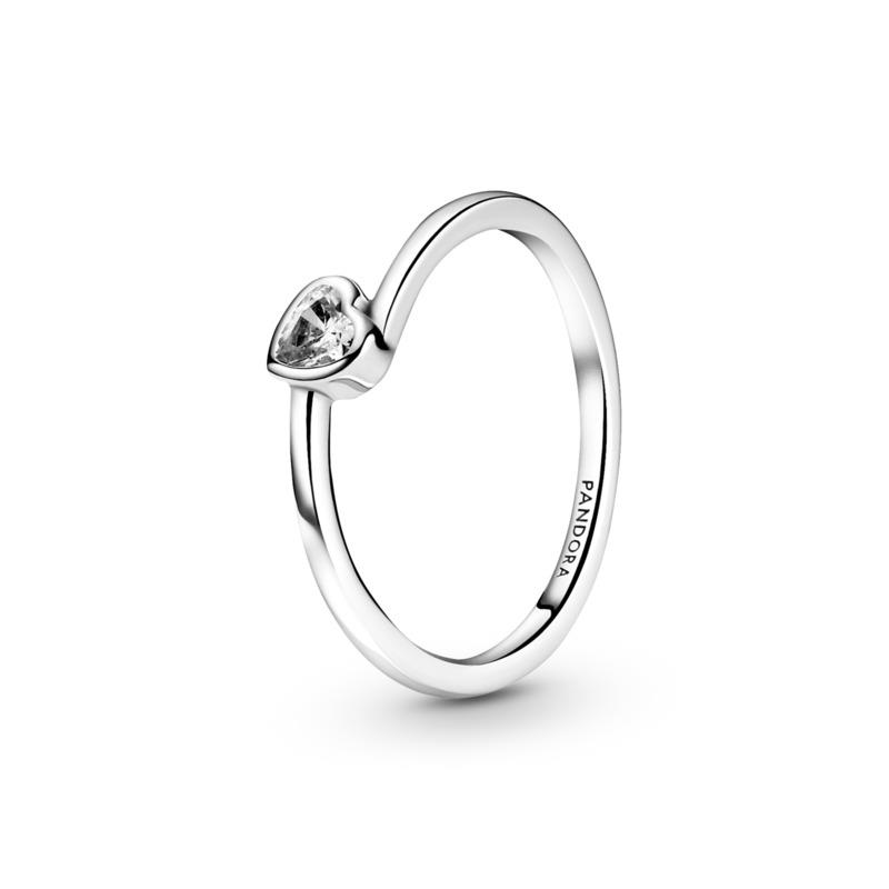 Anel Clear Tilted Heart Solitaire
